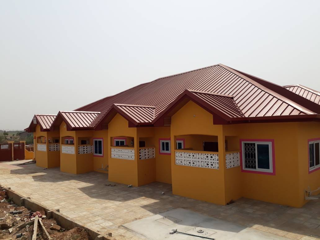 NEWLY BUILT INTERNATIONAL DELUXE HOSTEL FOR SALE ACCRA GHANA